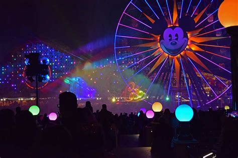 world of color fastpass best ways and places to view disneyland s world of color
