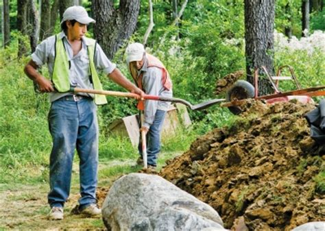 what is landscaping work knowing the right landscapers who can get the job done well wycepypa