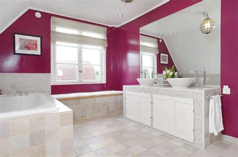 How To Create A Feminine Bathroom Interior Décor