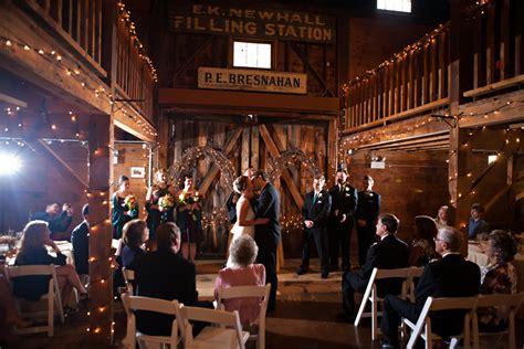 barn weddings in ma massachusetts barn wedding at smith barn rustic wedding chic
