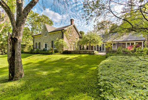 French Country Farmhouse For Sale  Home Bunch Interior