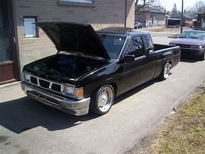 1987 Nissan Pickup - Pictures
