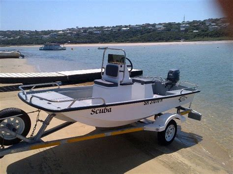 Utility 401 Boat by Bandit 380 Cathedral Hull Centre Console Natal Power Boats