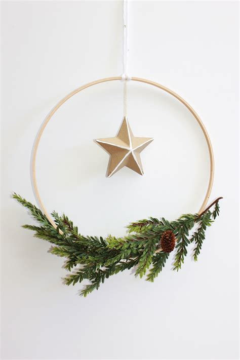 diy scandinavian holiday wreath christmas forrentcom