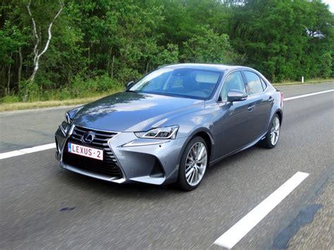 Lexus Is300h 2020 by Rijtest Lexus Is 300h 2017 Autofans