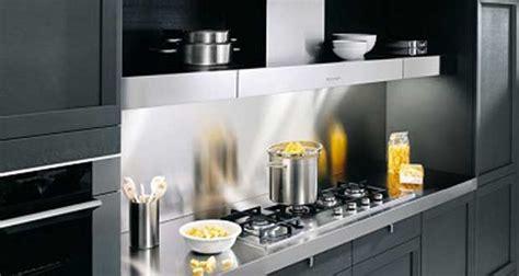 meuble mural cuisine cuisine 10 aménagements déco gain de place