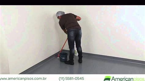 como limpar piso vinilico em manta american pisos youtube