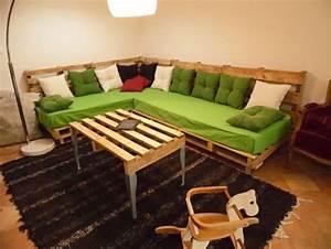 Couch Aus Paletten : ihr neues wochenendprojekt palettensofa selber bauen ~ Whattoseeinmadrid.com Haus und Dekorationen