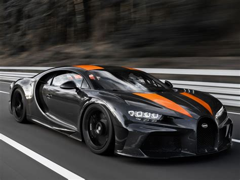 Any modern bugatti will cost over a million dollars, while a vintage model will set you back around $900,000. BUGATTI Chiron Super Sport 300+ specs & photos - 2020 ...