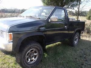 Sell Used 1994 Nissan 4x4 Truck In Fort Lawn  South
