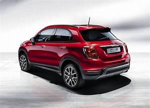 Fiat X 500 : new 2016 fiat 500x small crossover is a global italian autotribute ~ Maxctalentgroup.com Avis de Voitures