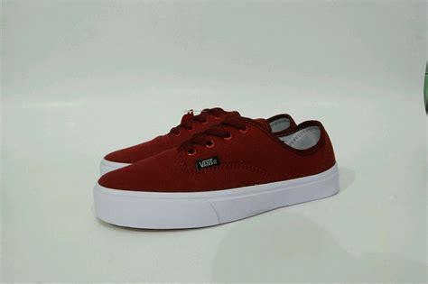 jual beli sepatu vans authentic mono merah maroon