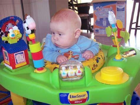 siège sauteur bébé exerciseur siège sauteur usagé mamans et futures