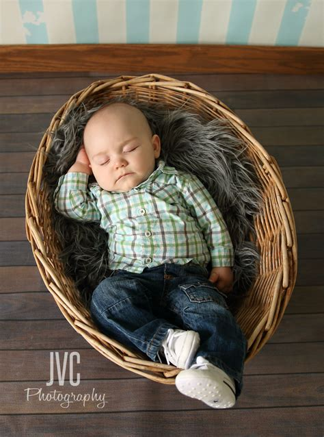 children photography  month  baby boy  doesnt love