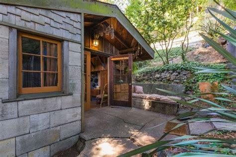 sq ft cabin cottage  berkeley ca