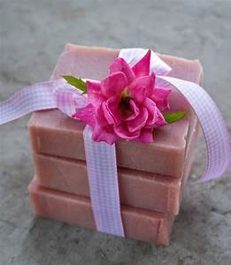 Old-Fashioned Rose Soap Recipe -- Lovely Greens