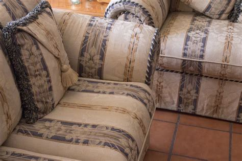 How To Clean Fabric Upholstery by Best 25 Clean Fabric Ideas On Cleaning