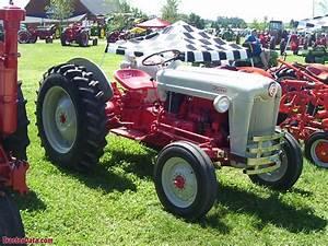 Tractordata Com Ford Golden Jubilee Naa Tractor Photos