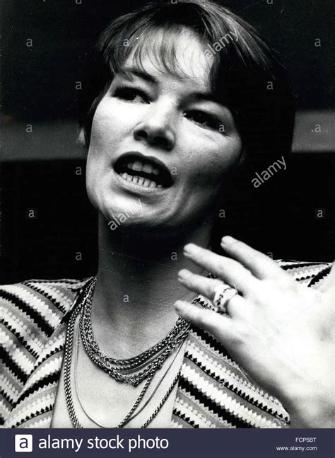 Glenda Jackson High Resolution Stock Photography and ...