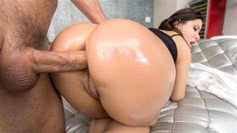 Bad Behaviour Booty Free Video With Aleksa Nicole