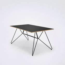 Table Metal Exterieur : collection sketch houe mobilier jardin design tables ~ Teatrodelosmanantiales.com Idées de Décoration