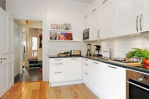 cuisines petites surfaces cuisine surface idées pour un design moderne
