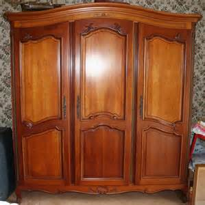 Armoire Merisier Massif 4 Portes by Superbe Armoire 3 Portes En Merisier Massif Occasion En