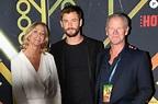 Liam et Chris Hemsworth : Leur papa ultramusclé fascine ...