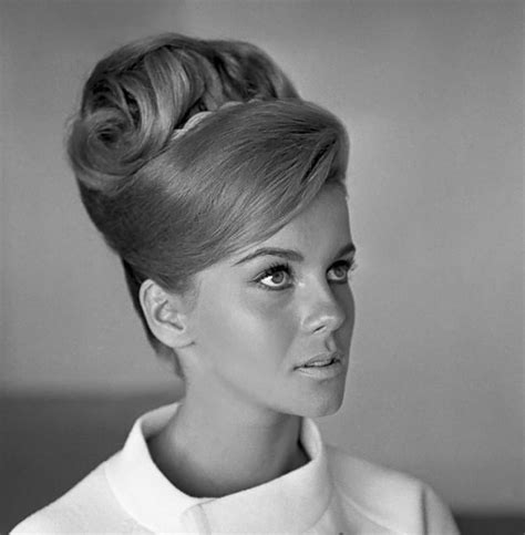 Early 60s Hairstyles by Late 60s Early 70s Hairstyles Fade Haircut
