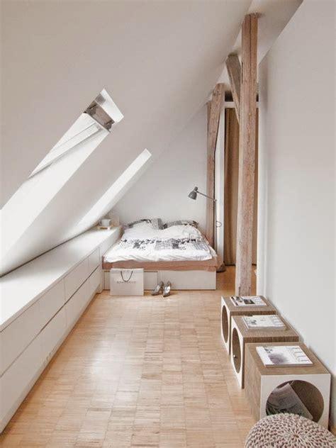 papier peint chambre à coucher adulte 5 idées pour optimiser un espace sous pente joli place
