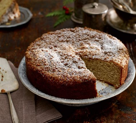 Flavoured with aromatic cardamom and served with a delicious pistachio cream. Cardamom Crumb Coffee Cake - New England Today