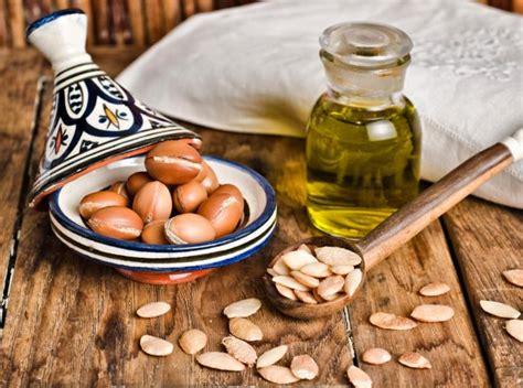 huile d argan cuisine l 39 huile d 39 argan pour les cheveux et les ongles femininbio