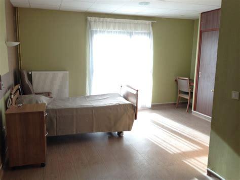 chambre de maison de retraite chambre de maison de retraite cool chambre dcorative with