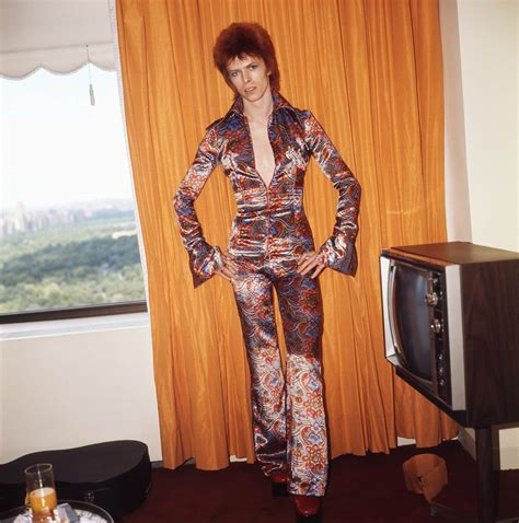 david bowies iconic style todaycom