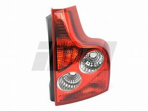 Right Rear Lower Tail Light Assembly 2003