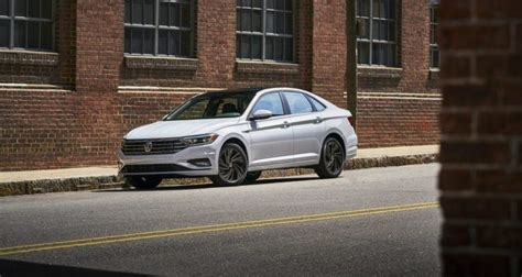 A Brief Walk Through The 2019 Volkswagen Jetta Lineup