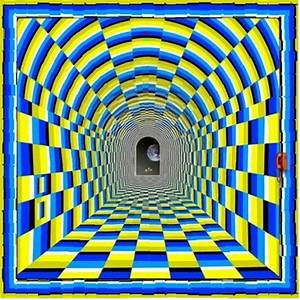 Awesome Moving Tunnel Optical Illusion!