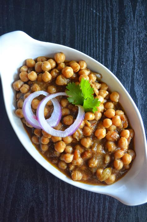 Chole bhature is a dish that is a hit at any party. Dishing With Divya: Chole Bhature Recipe