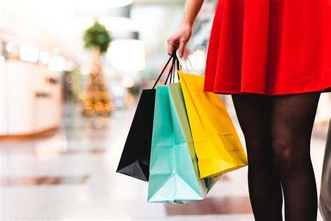 woman in shopping mall free picjumbo