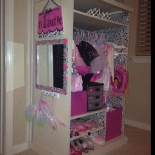 dress up vanity 1000 ideas about vanity on