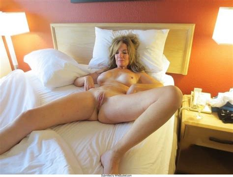 naked wives archives wifebucket offical milf blog 3