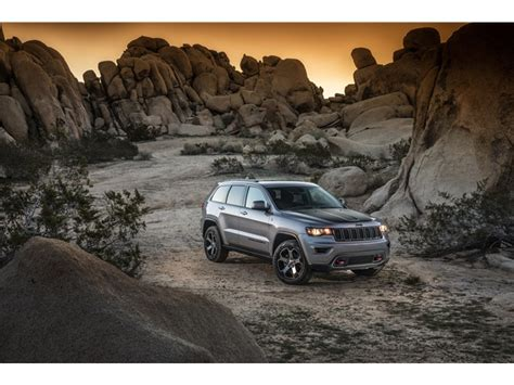 2017 jeep grand cherokee custom jeep grand cherokee prices reviews and pictures u s