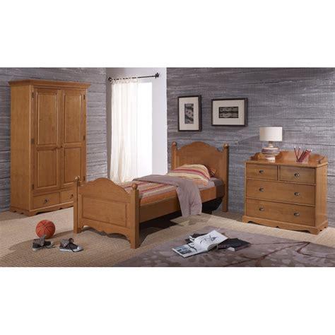 deco chambre anglaise chambre complète pin miel lit armoire commode