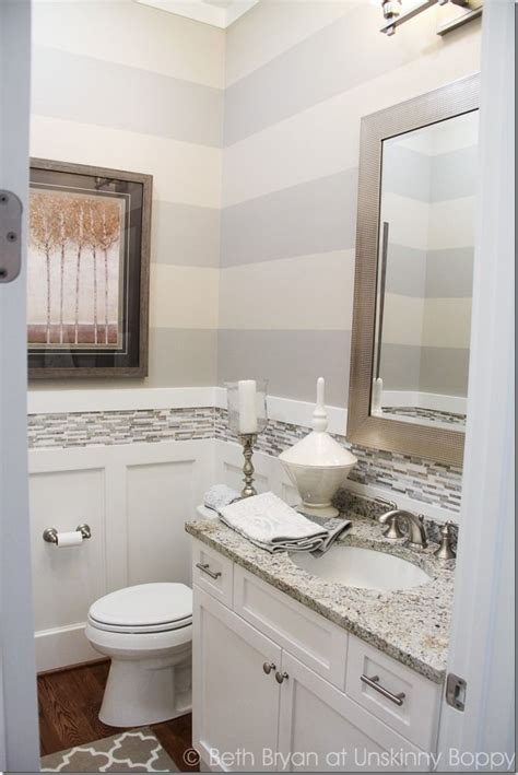 Bathroom Decor With Grey Walls