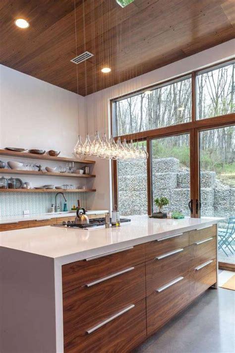 office de cuisine la cuisine avec ilot cuisine bien structurée et