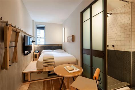 trendy modern hotel  nyc moxy nyc times square