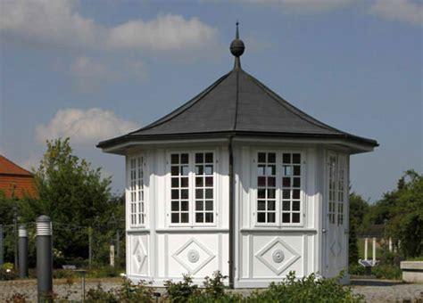 was kostet eine baugenehmigung für ein gartenhaus dachrinne f 252 r das gartenhaus 187 kauftipps und bezugsquellen