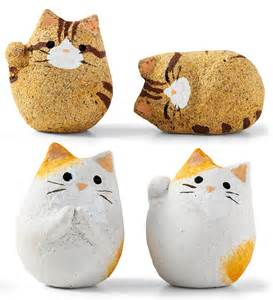cookie cats fortune cookies stuffed with cats hit japan technabob