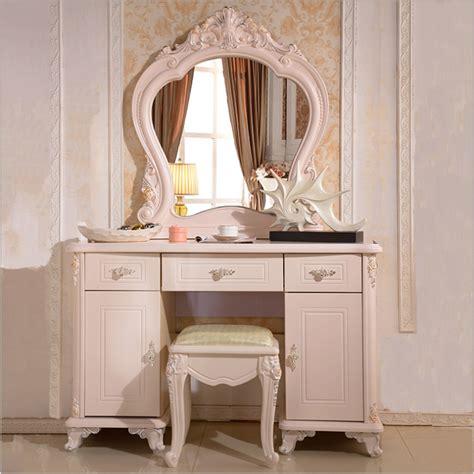 chambre avec coiffeuse haut de gamme moderne coiffeuse luxe accueil meubles de