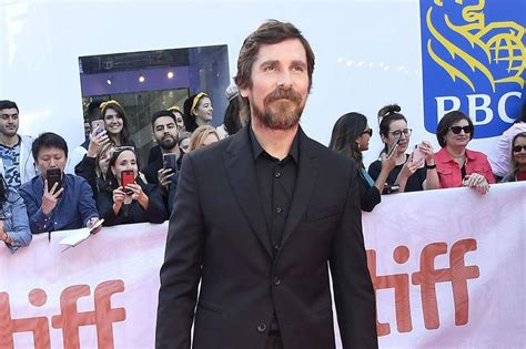 Christian Bale Backs Robert Pattinson Batman
